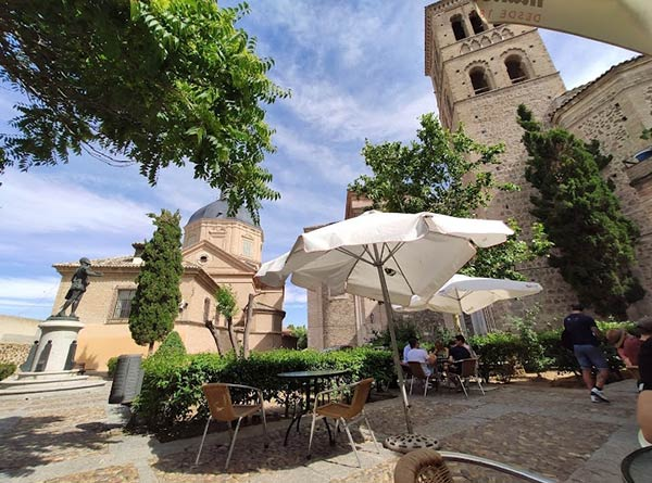 Terraza Pub Medieval (San Román)